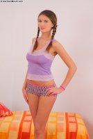Бесплатные интим фотографии от сайта AssTeenMouth с русской красоткой Peyton