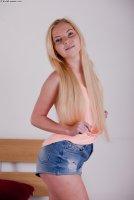 Горячие секс фотокарточки с русской красоткой Ilana
