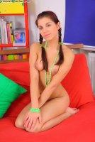 Горячие секс фотокарточки с русской моделью Demi