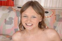 Бесплатные эротические фото от студии Teenstryblacks с русской моделью JULIE